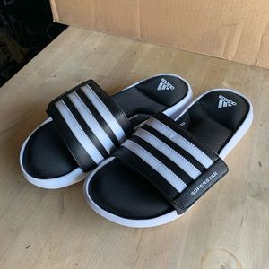 Adidas men's slides. Cushion foam.